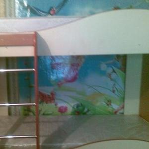 Продам двух ярусную кровать покупалась осенью 2010 года