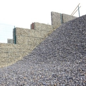 Монтаж подпорных стен из габионов